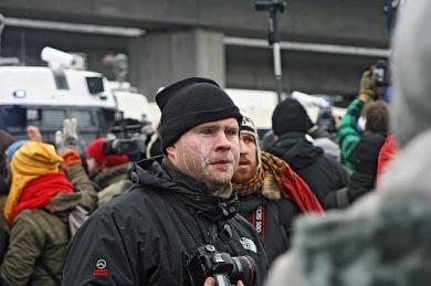 Myös toimittajat saivat pippurikaasusta ja kyynelkaasusta pitkin viikkoa.