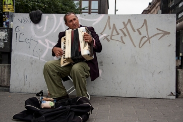 Roma musician in Helsinki, 2011.