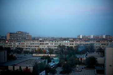 6-Aktau-night